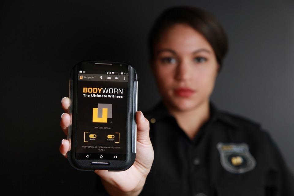Thumb police body camera